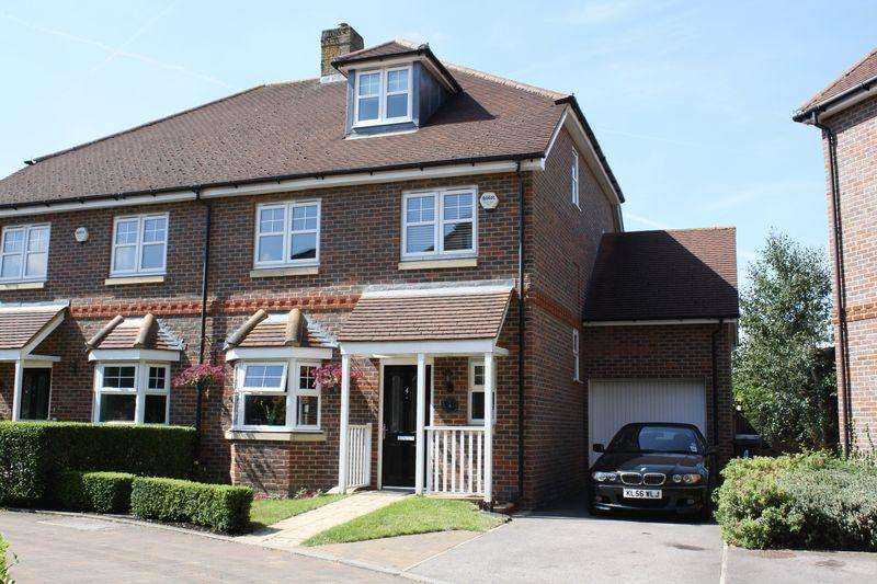 5 Bedrooms Semi Detached House for rent in Princes Risborough, Buckinghamshire
