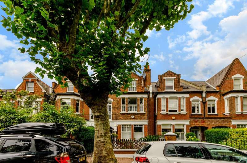 7 Bedrooms Terraced House for rent in Westover Road, Wandsworth, SW18