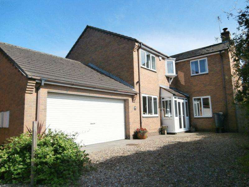 4 Bedrooms Detached House for sale in Ainslie Road, Hedon