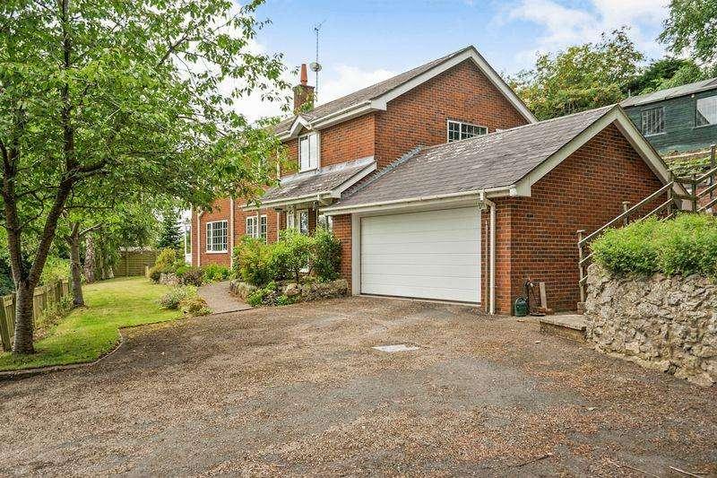 4 Bedrooms Detached House for sale in Birch Road, Ellesmere