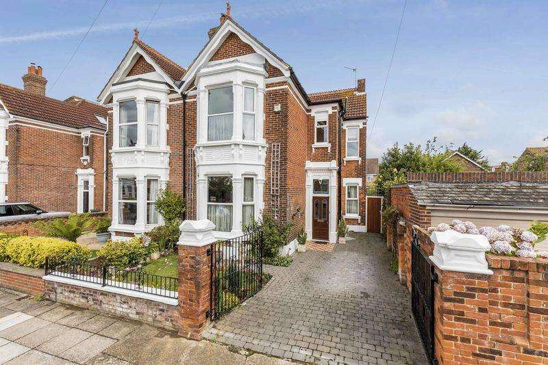 5 Bedrooms Semi Detached House for sale in Craneswater Avenue, Southsea