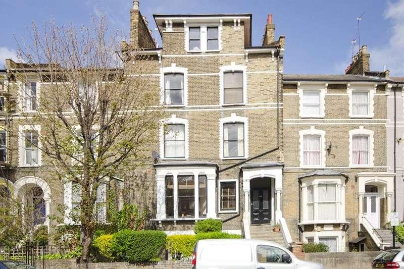 2 Bedrooms Flat for sale in Amhurst Road, Hackney, London, E8