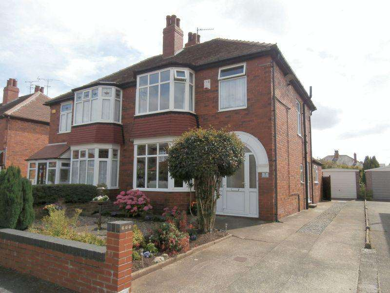 3 Bedrooms Semi Detached House for sale in Palmer Avenue, Willerby