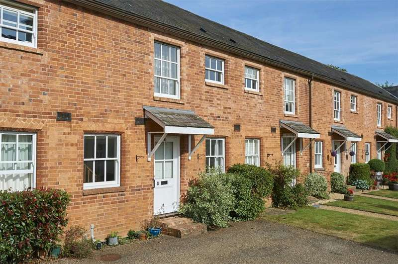 2 Bedrooms Detached House for sale in Great Bowden Hall, Leicester Lane, Great Bowden, Market Harborough, Leicestershire