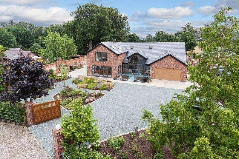 5 Bedrooms Detached House for sale in Dalefords Lane, Sandiway