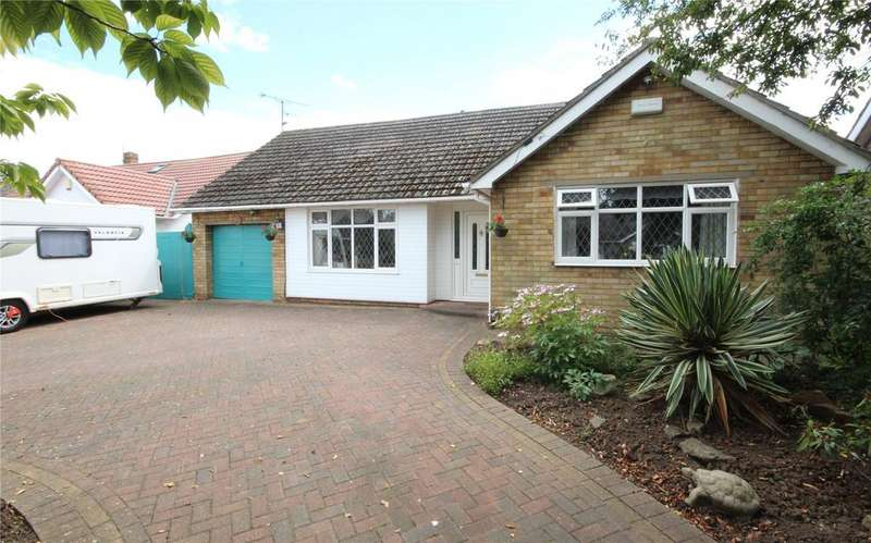 4 Bedrooms Detached Bungalow for sale in Lindsey Drive, Healing, DN41