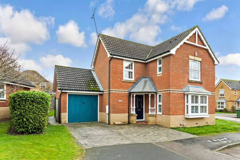 3 Bedrooms Detached House for sale in Eversfield, Southwater