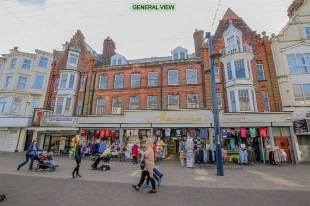 Commercial Property for rent in Shop Unit at 65 Regent Road, Great Yarmouth