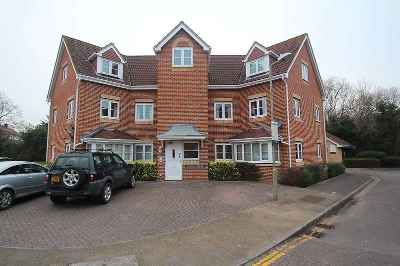 2 Bedrooms Apartment Flat for sale in The Tollgate, Fareham