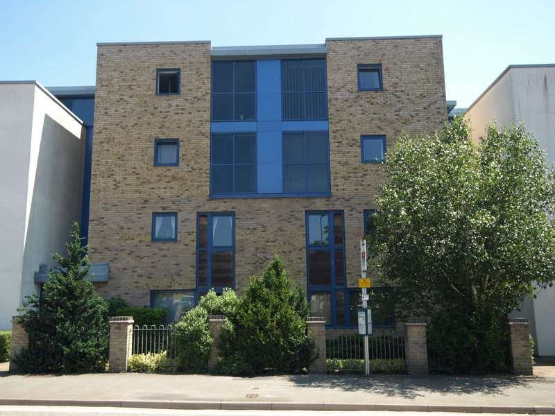 2 Bedrooms Apartment Flat for sale in London Road, Bicester