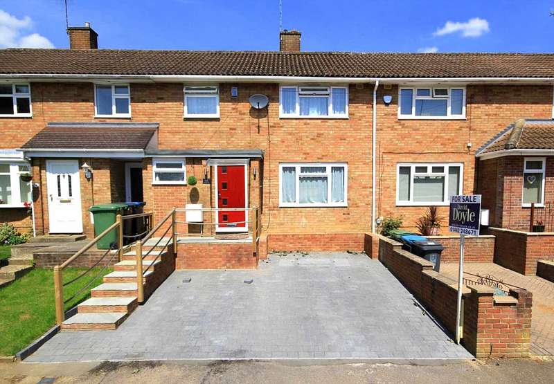 3 Bedrooms House for sale in SUPERBLY PRESENTED and EXTENDED 3 BED FAMILY HOME with PARKING.