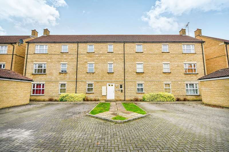 2 Bedrooms Flat for rent in Grouse Road, Calne, SN11