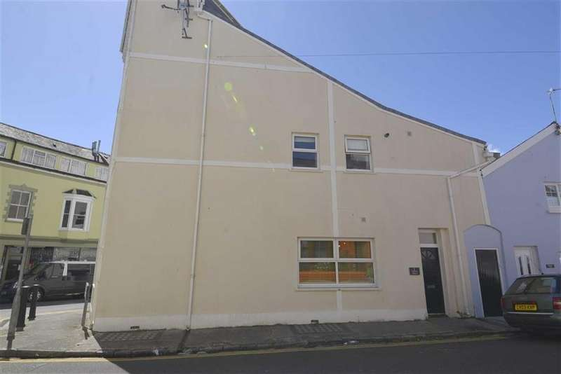 1 Bedroom Flat for sale in 7, Newton House, Tenby, Pembrokeshire, SA70