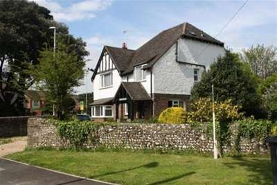4 Bedrooms House for rent in Worthing