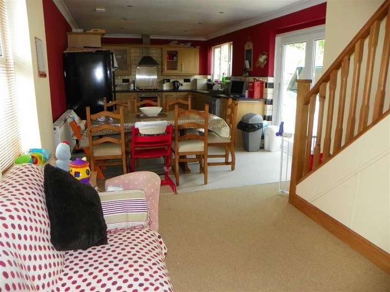 3 Bedrooms Property for sale in Spionkop Road, Ynystawe