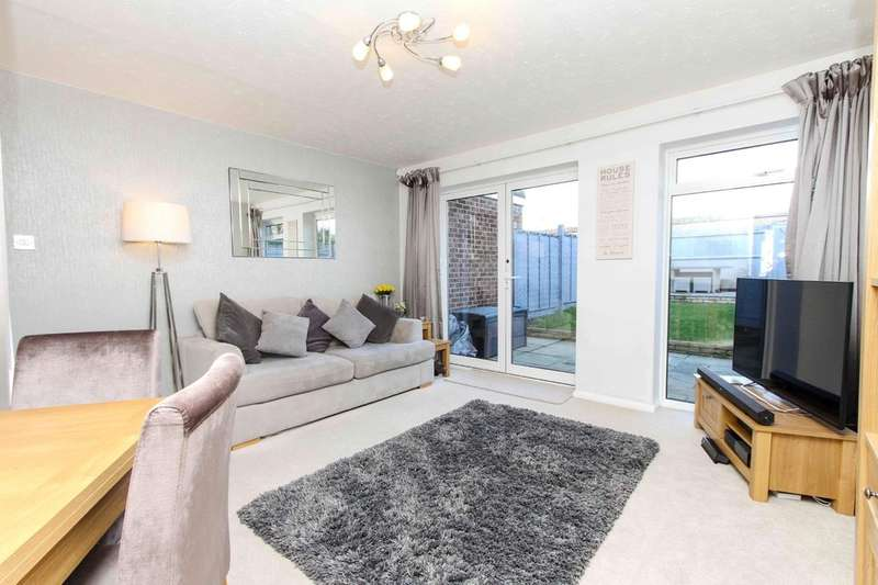 2 Bedrooms Terraced House for sale in Ladygate Lane, Ruislip