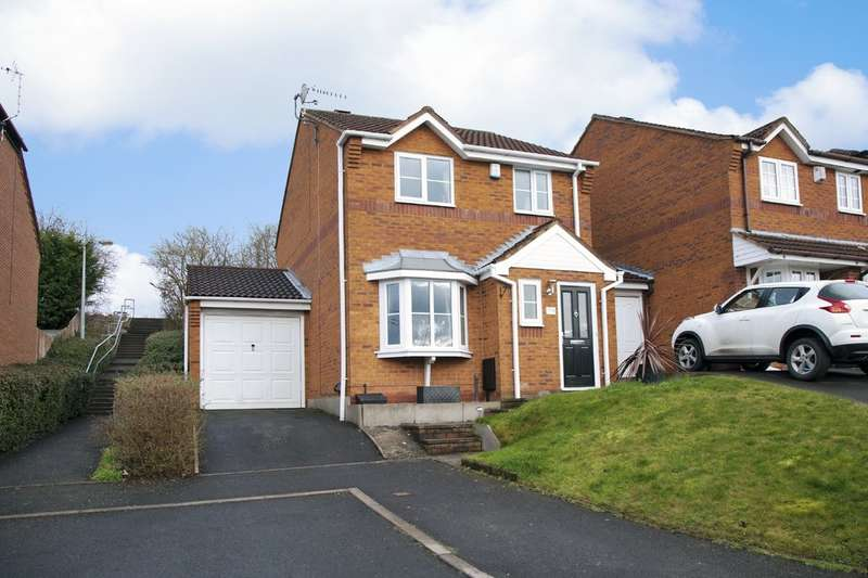 3 Bedrooms Detached House for sale in Southern Close, Kingswinford