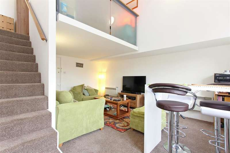 1 Bedroom Flat for sale in 25 Cormont Road, London, SE5