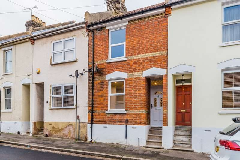 2 Bedrooms Terraced House for sale in Catherine Street, Rochester, Kent, ME1