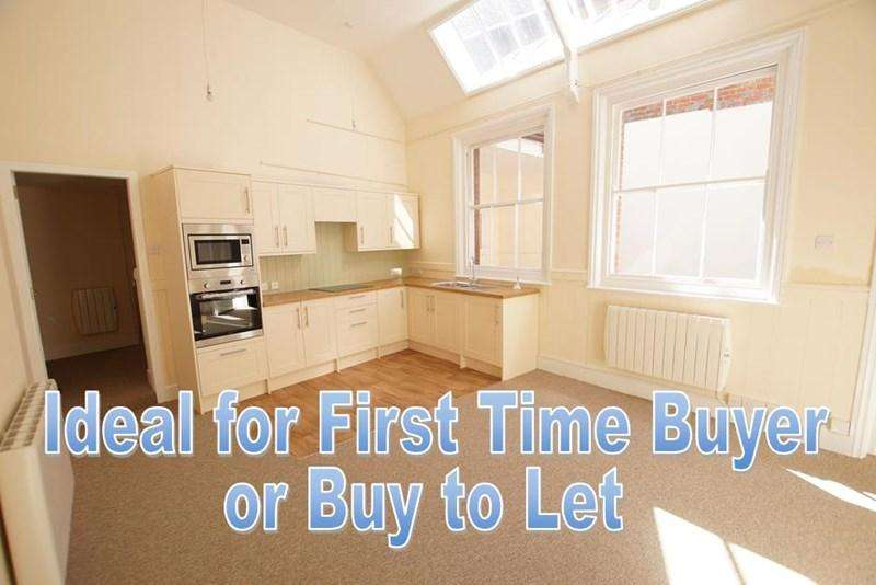 2 Bedrooms Terraced House for sale in The Plocks, Blandford Forum