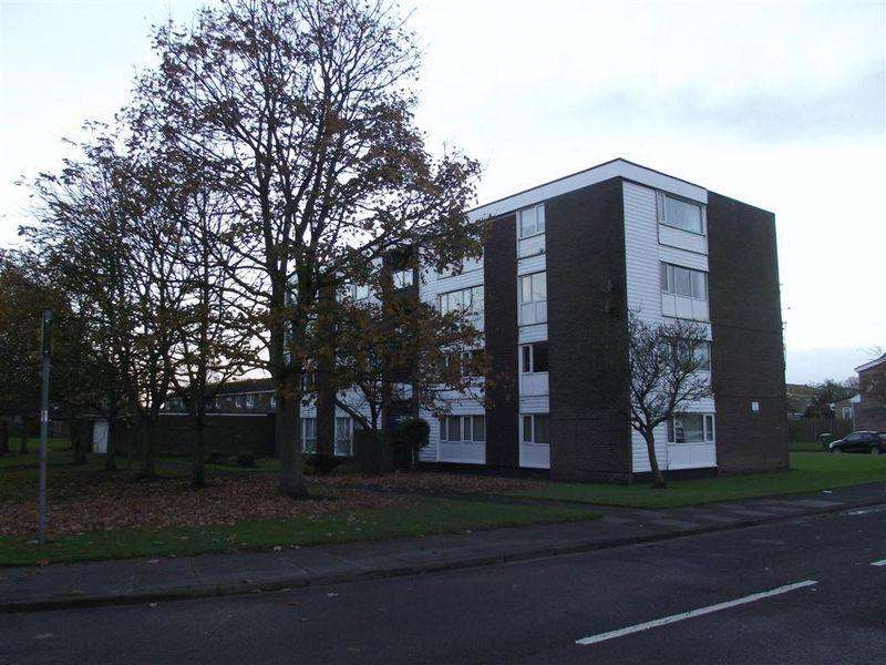 2 Bedrooms Flat for sale in Winshields, Cramlington