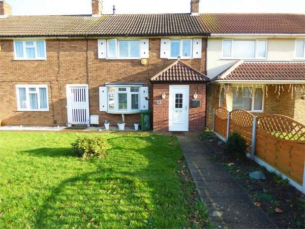 3 Bedrooms Terraced House for sale in Wellstye Green, Basildon, Essex