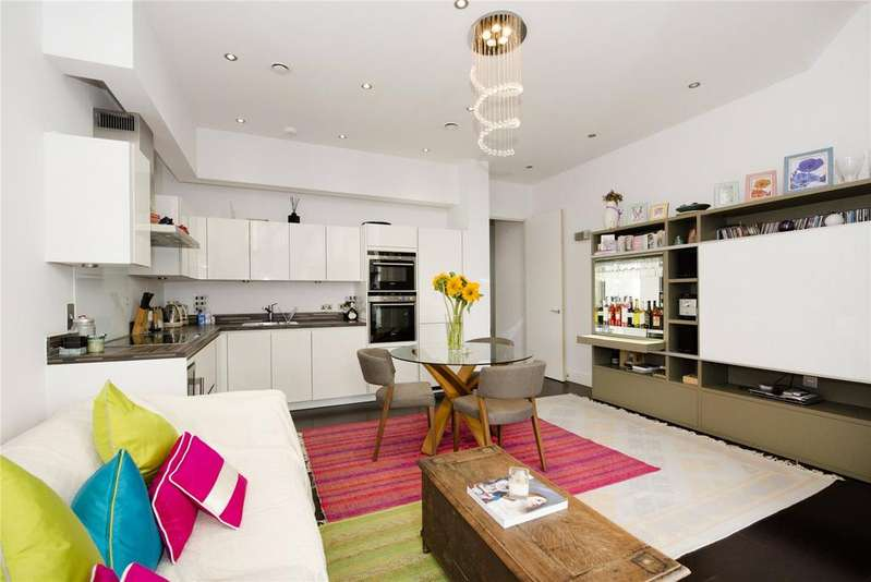 3 Bedrooms Flat for sale in Regent Canalside, Camden Road, Camden, London