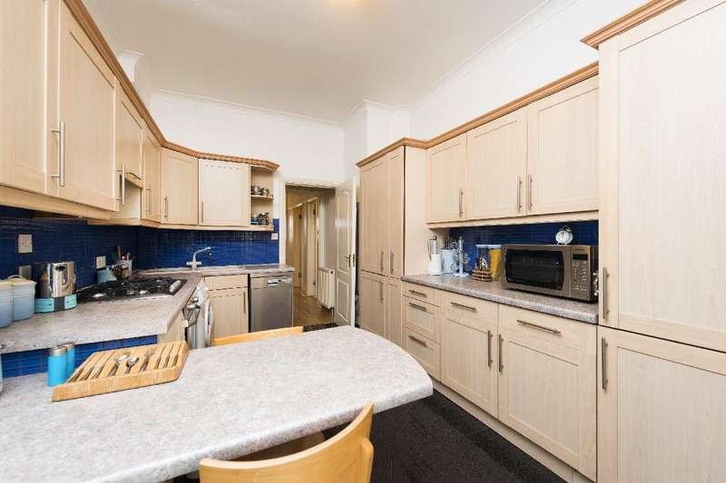 4 Bedrooms Semi Detached House for sale in Sneath Avenue, NW11