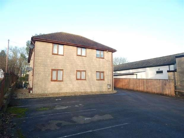 1 Bedroom Flat for sale in Crest House, The Park, Castle Cary