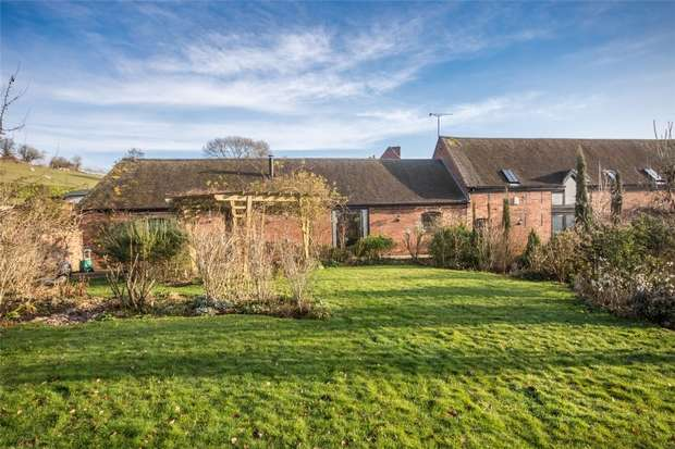 4 Bedrooms Mews House for sale in Lichfield Road, Hamstall Ridware, Rugeley, Staffordshire