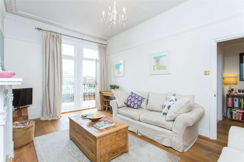 1 Bedroom Flat for sale in Gledstanes Road, Barons Court, London, W14