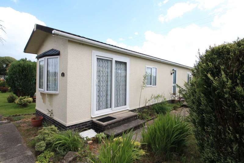 2 Bedrooms Park Home Mobile Home for sale in Trelawne Gardens, Trelawne
