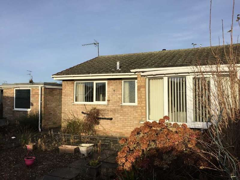 2 Bedrooms Bungalow for sale in Arndale Way, Filey