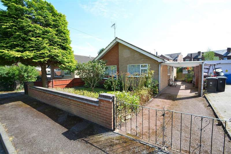 2 Bedrooms Detached Bungalow for sale in Royal Avenue, Long Eaton
