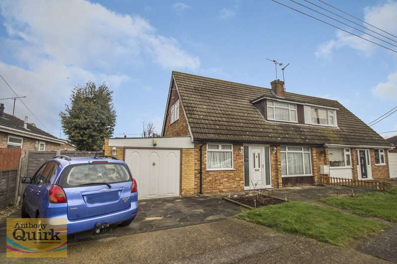 3 Bedrooms Semi Detached Bungalow for sale in Heideburg Road, Canvey Island, SS8