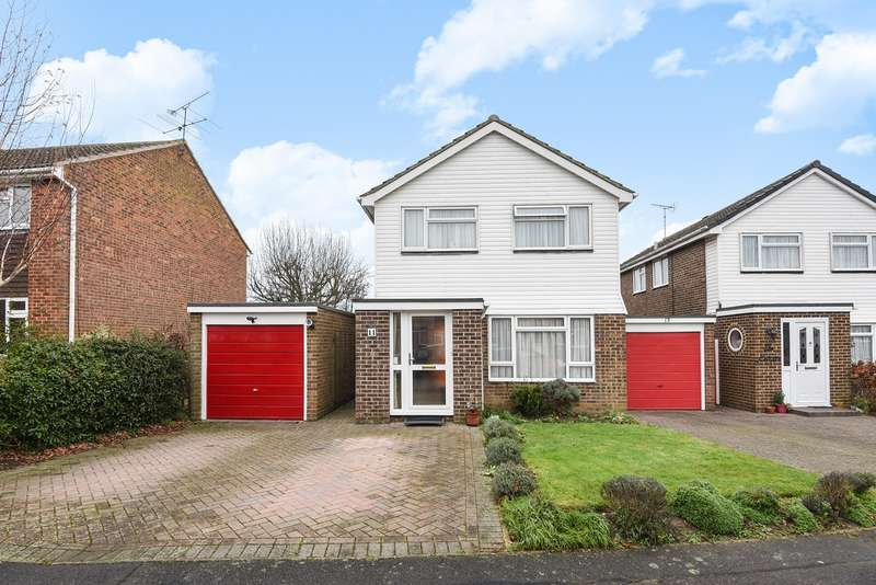 4 Bedrooms Link Detached House for sale in Benning Way, Wokingham, RG40