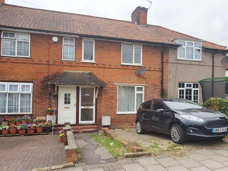 2 Bedrooms Terraced House for sale in Grange Road, Burnt Oak