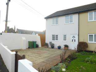 3 Bedrooms Semi Detached House for sale in Skinner Road, Lydd, Romney Marsh, Kent