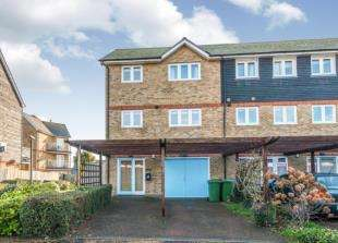 3 Bedrooms End Of Terrace House for sale in Waterside Close, Faversham, Kent