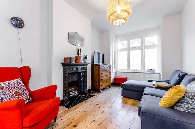 3 Bedrooms House for sale in Hartham Road, Isleworth, TW7