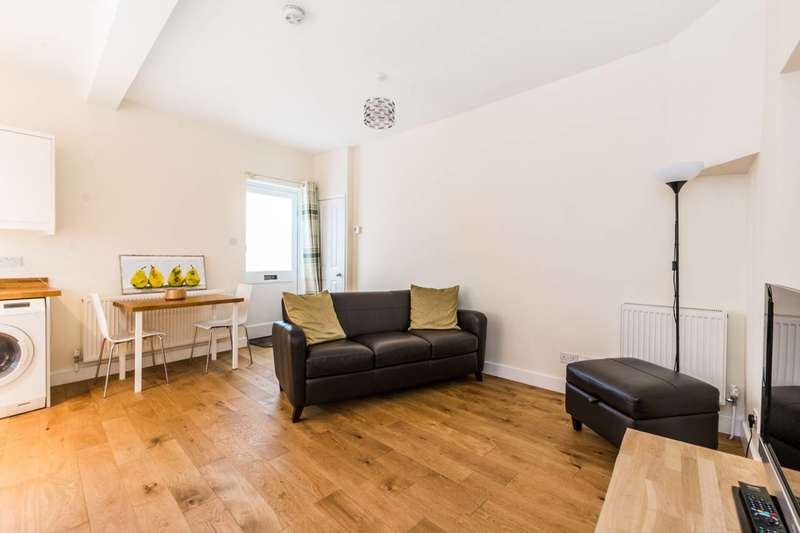 1 Bedroom Bungalow for sale in Horace Road, Forest Gate, E7