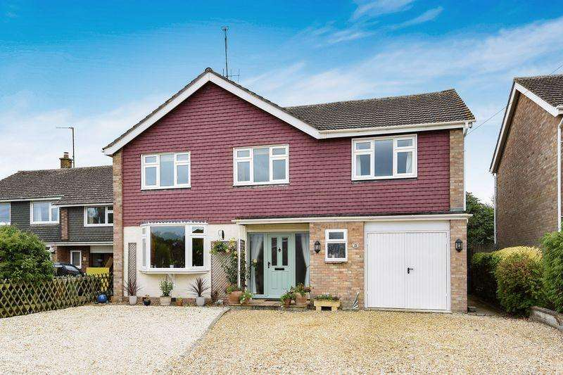 5 Bedrooms Detached House for sale in Thame, Oxfordshire