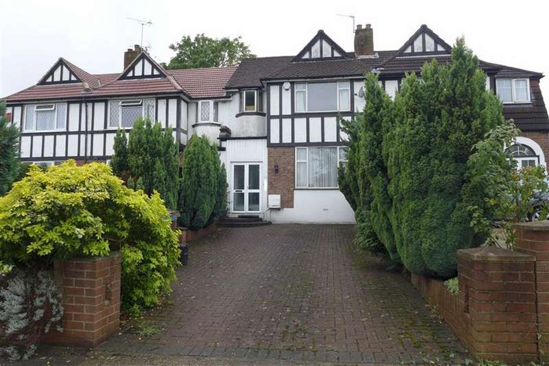 3 Bedrooms Terraced House for sale in Kenton Lane, Harrow Weald, Middlesex
