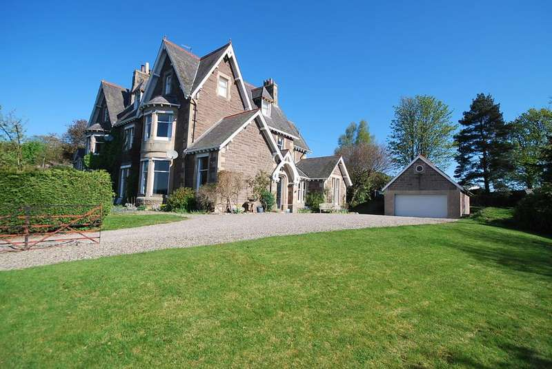 5 Bedrooms House for sale in Connaught Terrace, Crieff ph7
