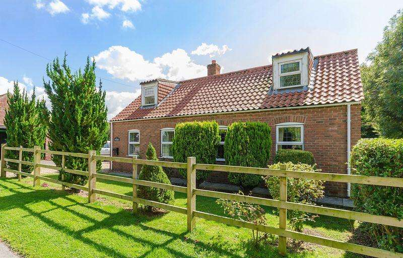 4 Bedrooms Detached House for sale in Church Lane, Benniworth