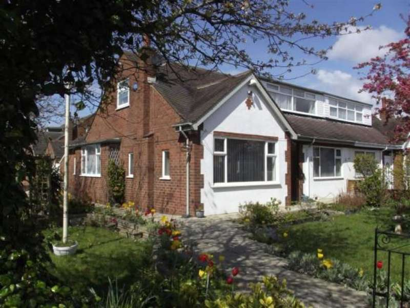 4 Bedrooms Semi Detached Bungalow for sale in Edwinstowe Road, Ansdell