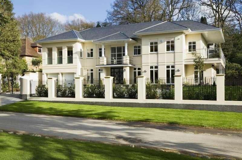 6 Bedrooms Detached House for rent in Camp Road, Gerrards Cross, SL9