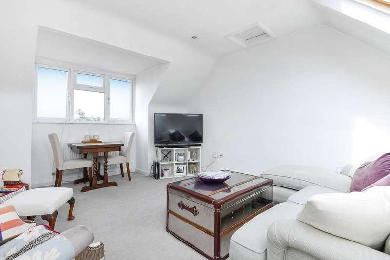 2 Bedrooms Flat for sale in Hebdon Road, Tooting