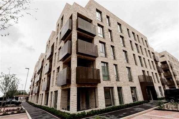 1 Bedroom Flat for sale in Grafham Court, 2 Brannigan Way, Edgware