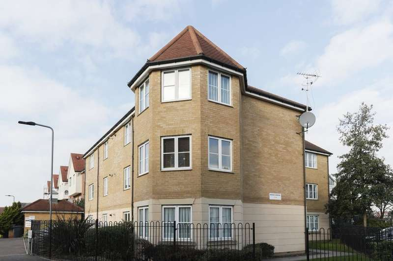 2 Bedrooms Flat for sale in Bengeo Gardens, Chadwell Heath , Romford, RM6